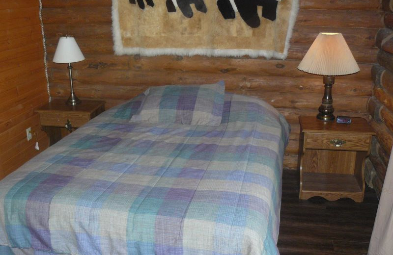 Rental bedroom at Sand County Service Company - Little Ponderosa.
