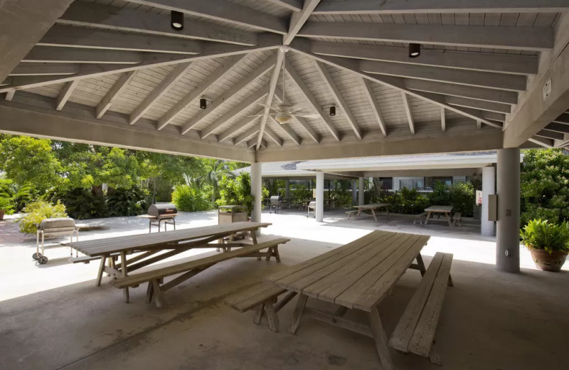 Picnic tables at 1800 Atlantic, All Florida Keys Property Management.
