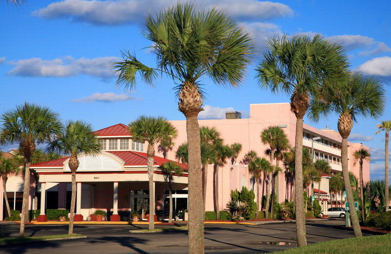 Exterior front of Holiday Isle Oceanfront Resort.
