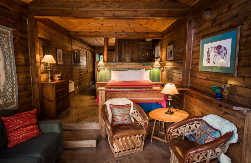 The Deckhouse Cabins bedroom at Briar Patch Inn.