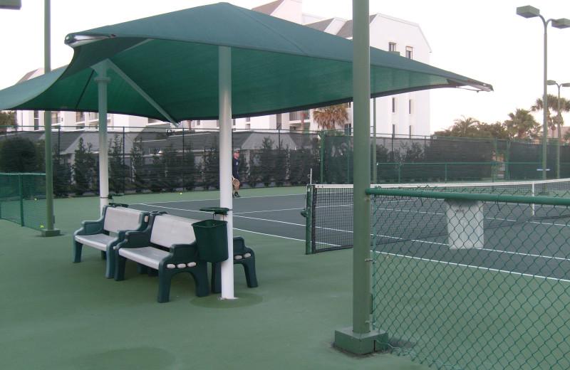 Tennis court at RudonCondo.