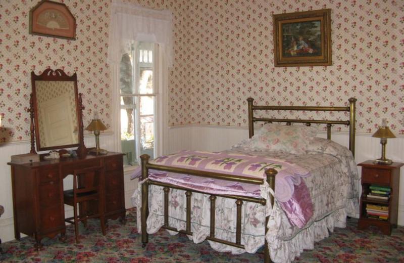 Cottage bedroom at Calf Creek Ranch.