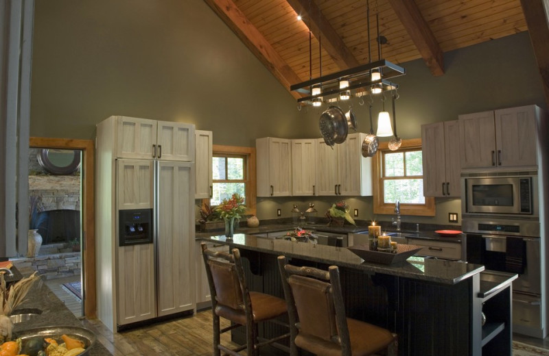 Pond rental kitchen at Timber Frame Rentals.