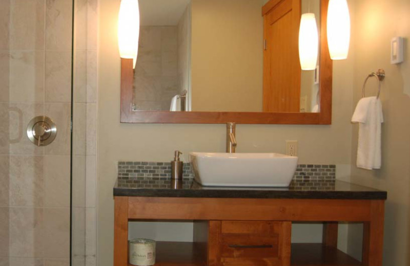 Guest bathroom at Mayne Island Resort and Spa.