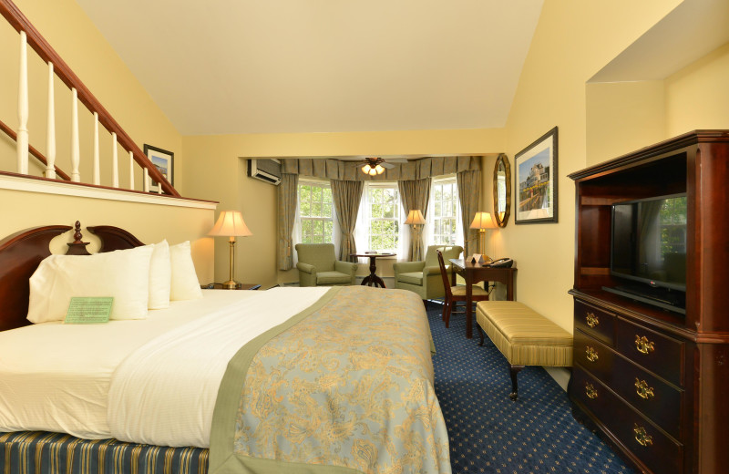 Guest room at Bar Harbor Inn & Spa.