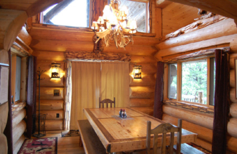 Cabin dining room at Canyonlands Lodging.