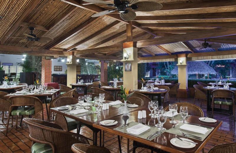 Dining at Melia Cariari.