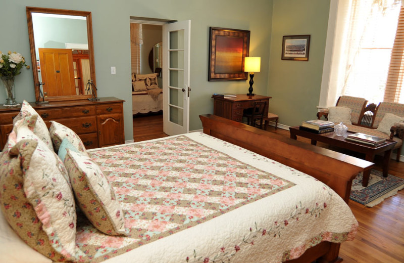 Guest room at Royal Elizabeth Bed & Breakfast Inn.