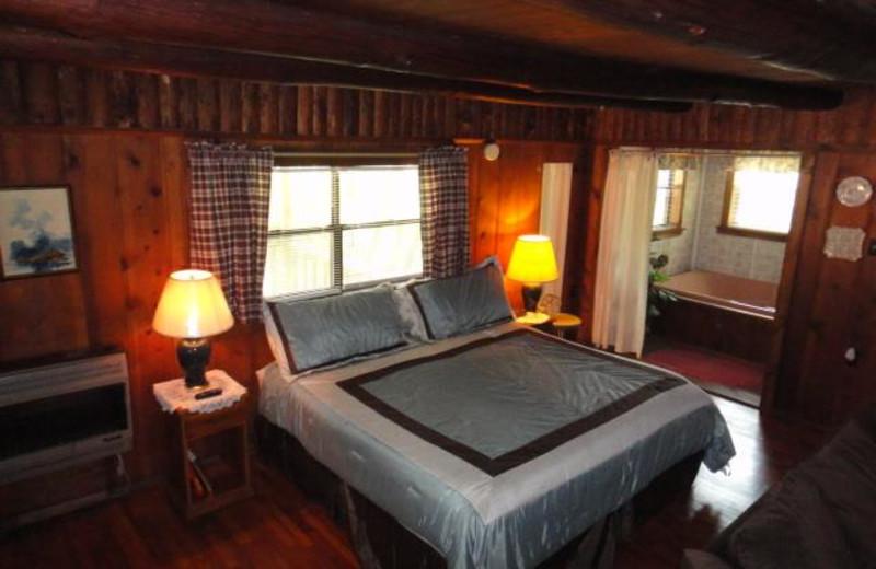 Guest room at Brackenridge Lodge.