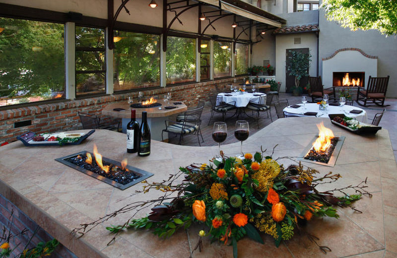 Outdoor Dining at Paso Robles Inn