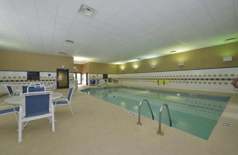 Indoor pool at Hampton Inn East Aurora, NY.