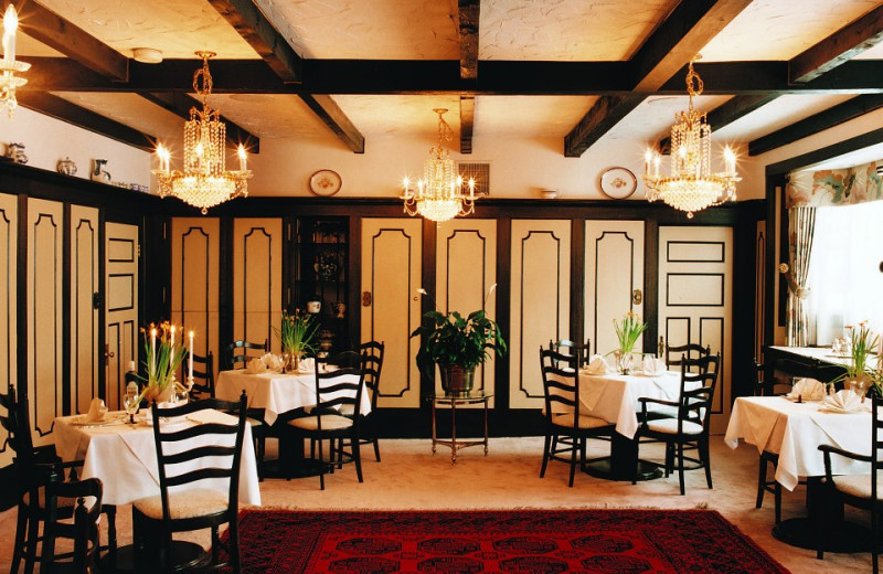 Dining at Hotel du Lac Carling Resort.