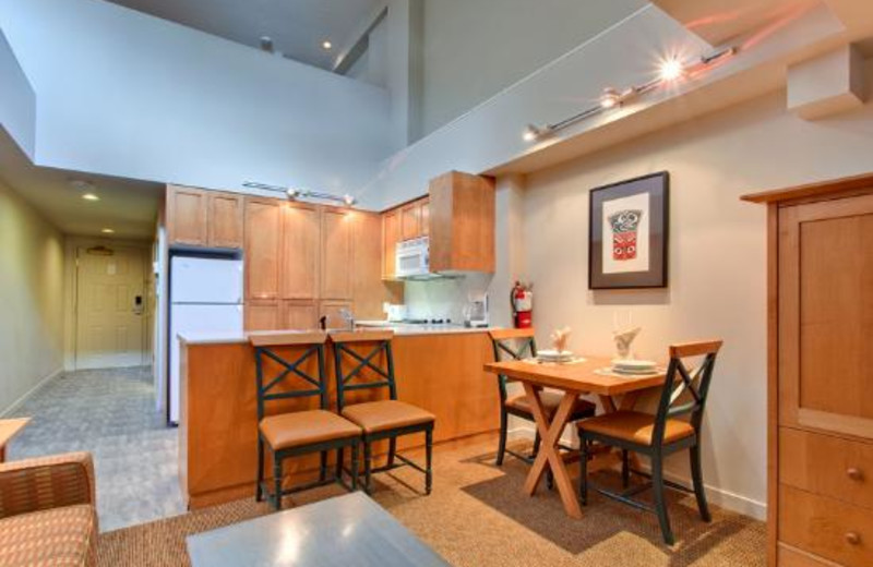 Guest kitchen at Holiday Inn SunSpree Resort Whistler Village Center.