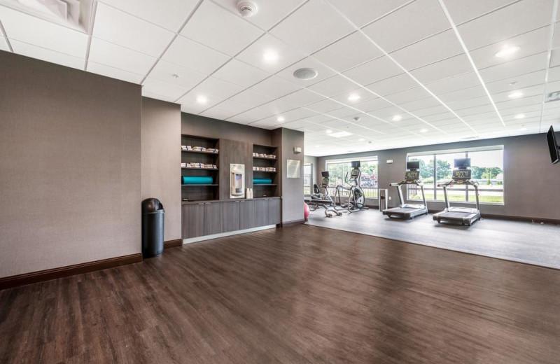 Fitness room at Fairfield Inn & Suites - Stevensville.