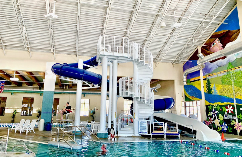 Community pool at Access Winter Park Lodging.