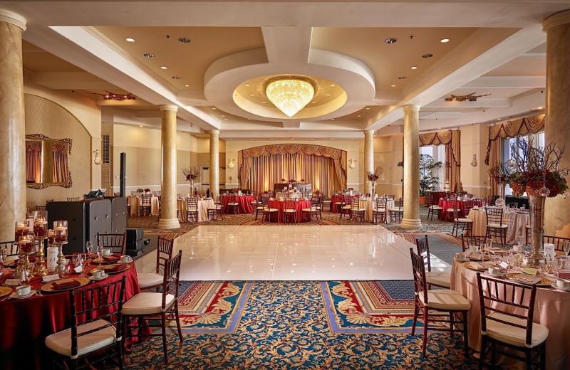 Dining at Plaza Resort & Spa.