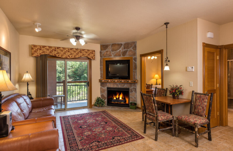 Guest living room at Westgate Branson Woods Resort.