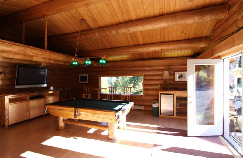 Rec room at Alaska Heavenly Lodge.