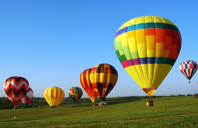 Hot air balloons at Best Western Plus Stevenson Manor Inn.