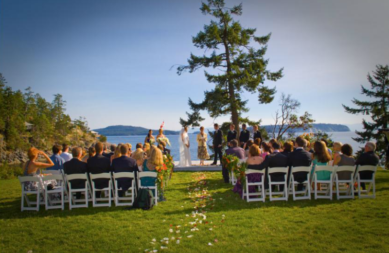 Wedding lake view at Rockwater Secret Cove Resort
