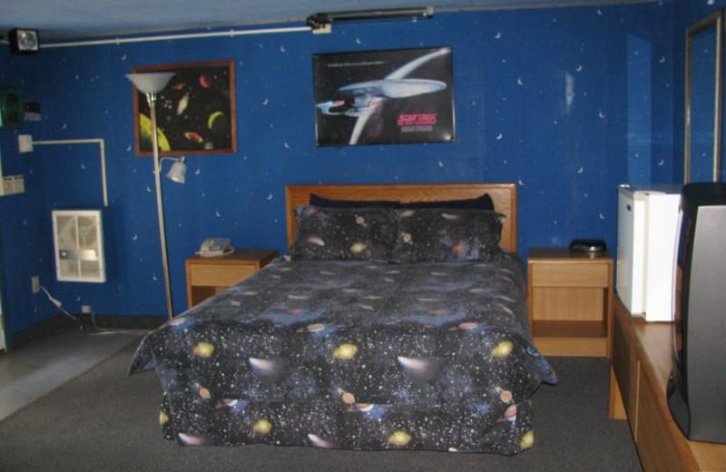 The Galaxy Room at Bennett Bay Inn.