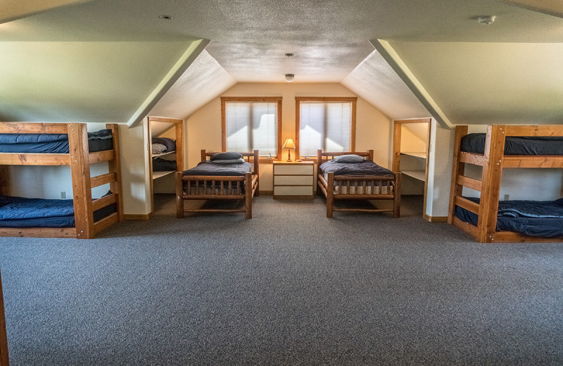 Bunk beds at Montana River Lodge.