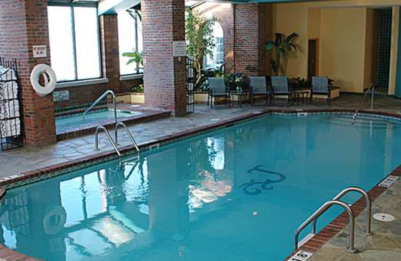 Indoor pool at Embassy Suites St. Paul.