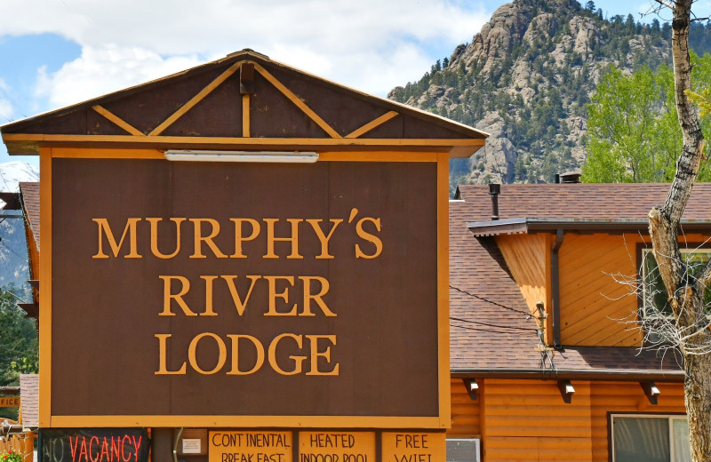 Exterior view of Murphy's River Lodge.