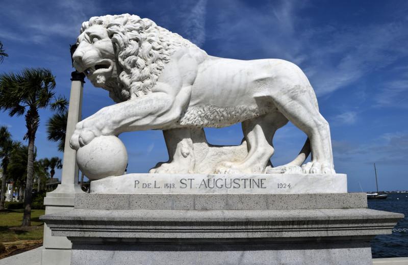 Lion statue near Saint Augustine Beach Vacation Rentals.