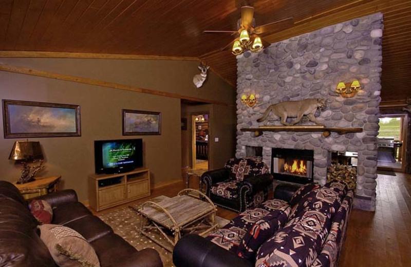Cougar Creek cabin interior at Bar N Ranch.