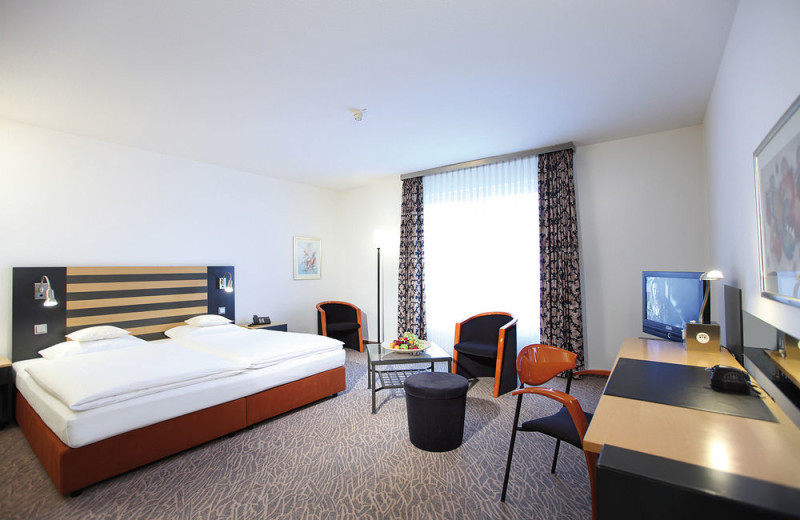 Guest room at Lindner Congress Hotel Frankfurt.