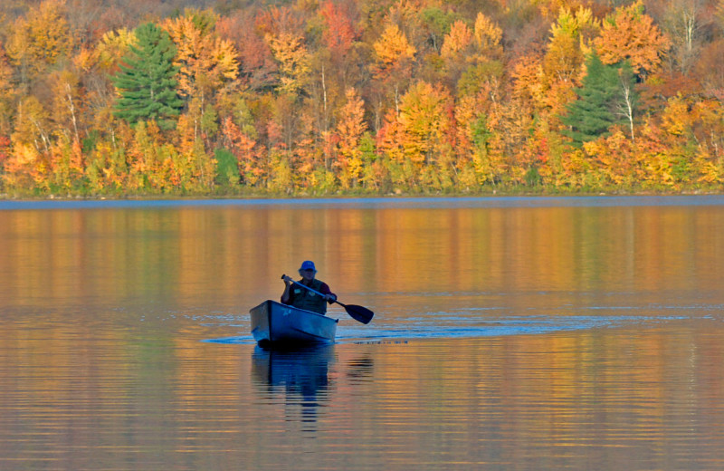 Canoeing at The Mountain Top Inn & Resort.