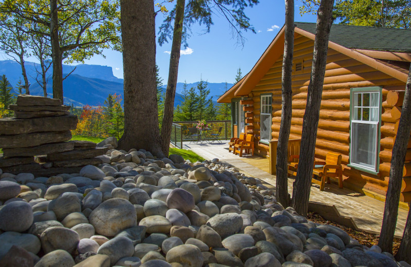 Exterior view at Overlander Mountain Lodge.