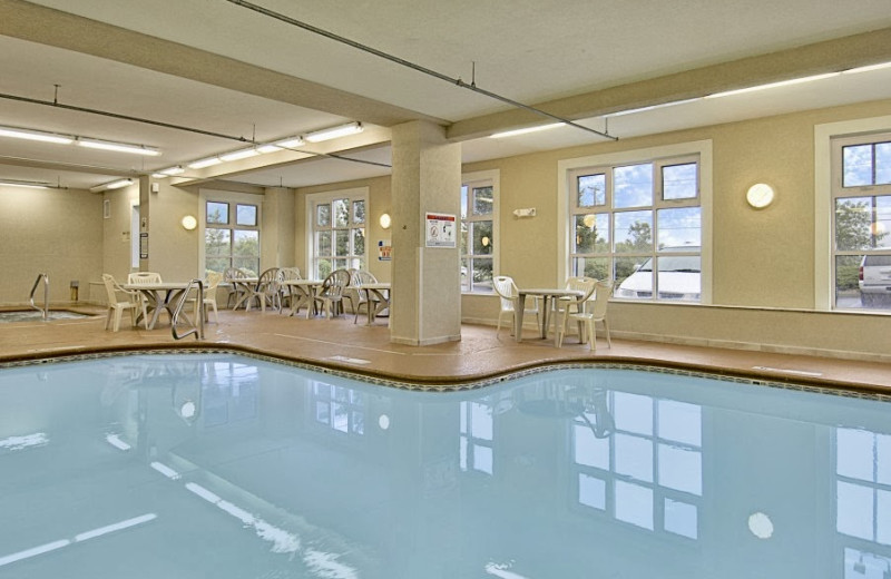 Indoor pool at Baymont Inns and Suites Rockford.