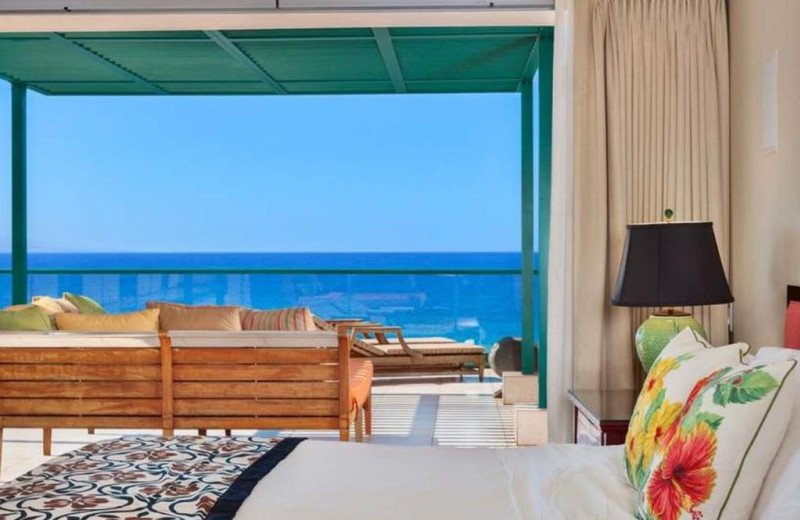 Guest bedroom at Honua Kai Resort & Spa.