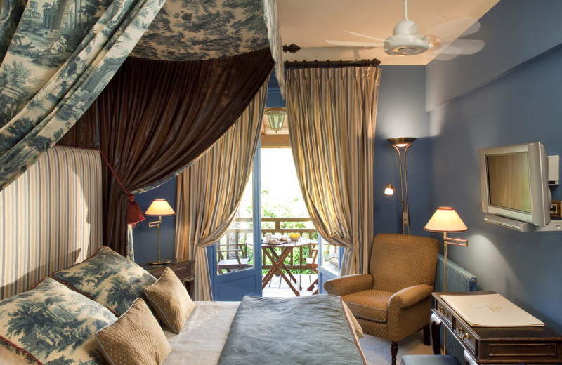 Guest room at Hôtel Restaurant Hervé Garrapit.