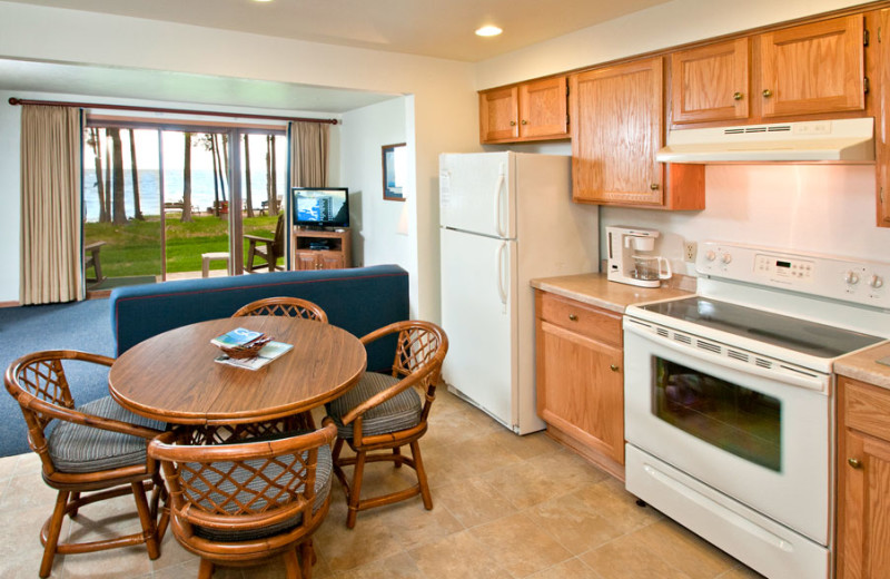 Guest kitchen at The Shallows Resort.
