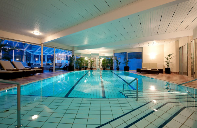 Indoor pool at Kur-Sport Hotel Astoria.