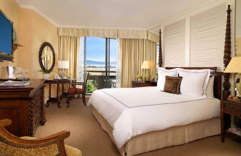 Guest room at Fairmont Miramar Hotel & Bungalows.