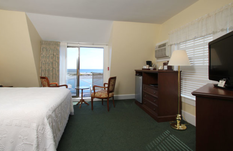 Guest room at  Terrace by the Sea.