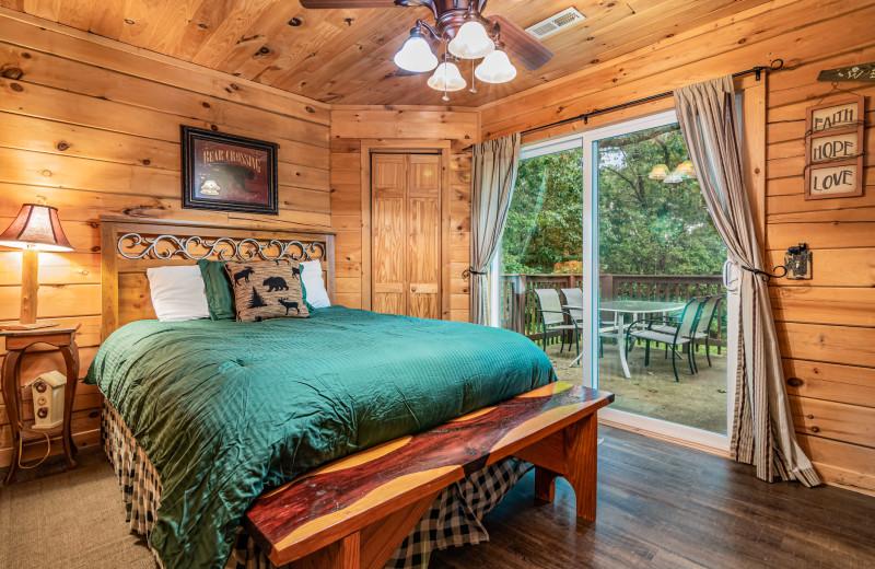 Rental bedroom at Amazing Branson Rentals.