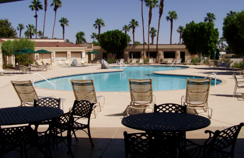 Outdoor pool at Outdoor Resort Palm.