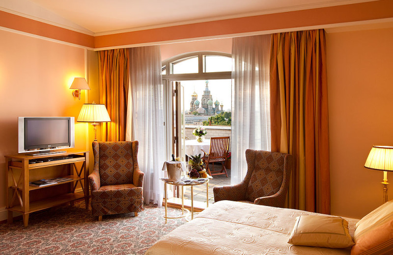 Guest room at Grand Hotel Europe.