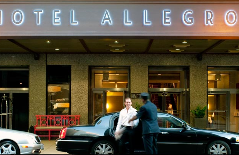 Exterior view of Hotel Allegro Chicago.