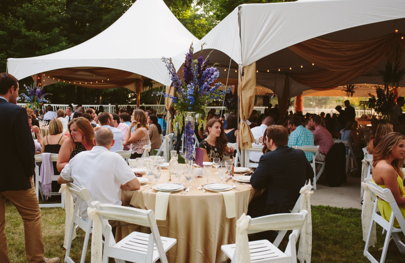 Wedding reception at Michillinda Beach Lodge.