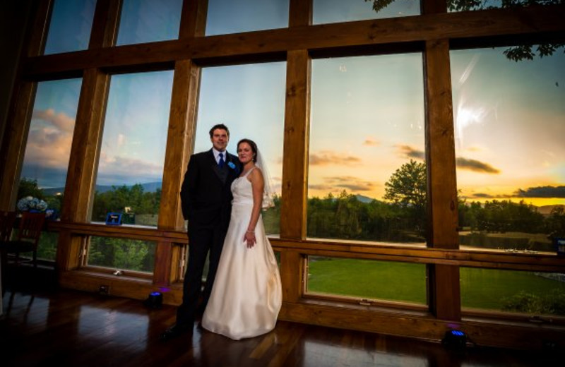 Bride & Groom at Crestwood Resort & Spa