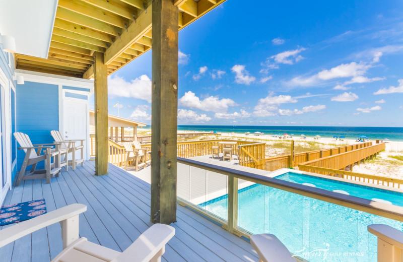 Rental pool view at LuxuryGulfRentals.com.