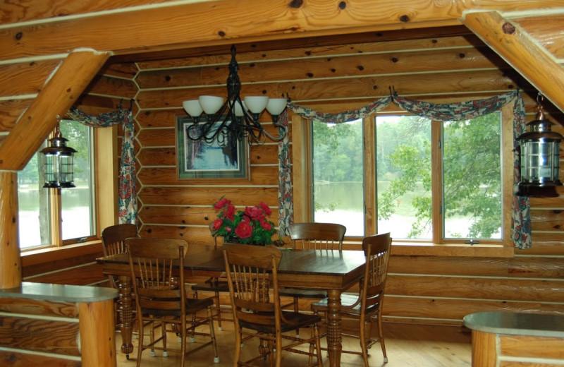 Dining room at Floods Island Resort.