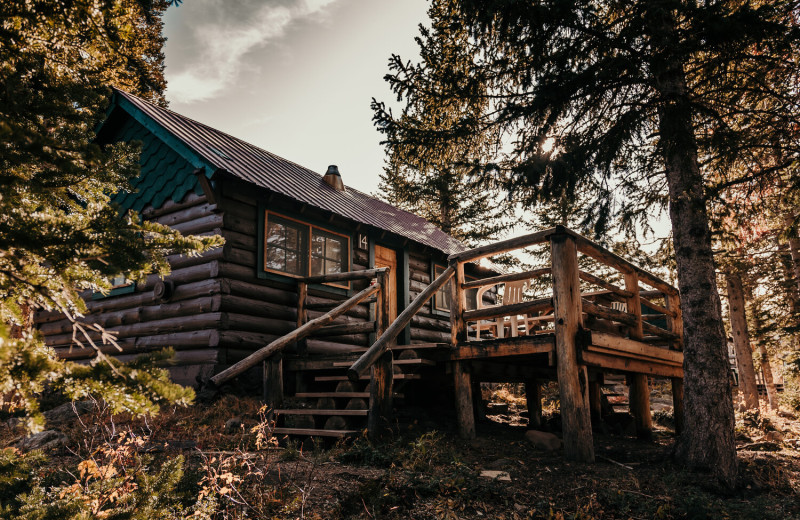 Cabin exterior at Trappers Lake Lodge & Resort.