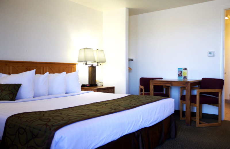 Guest room at Bryce View Lodge.